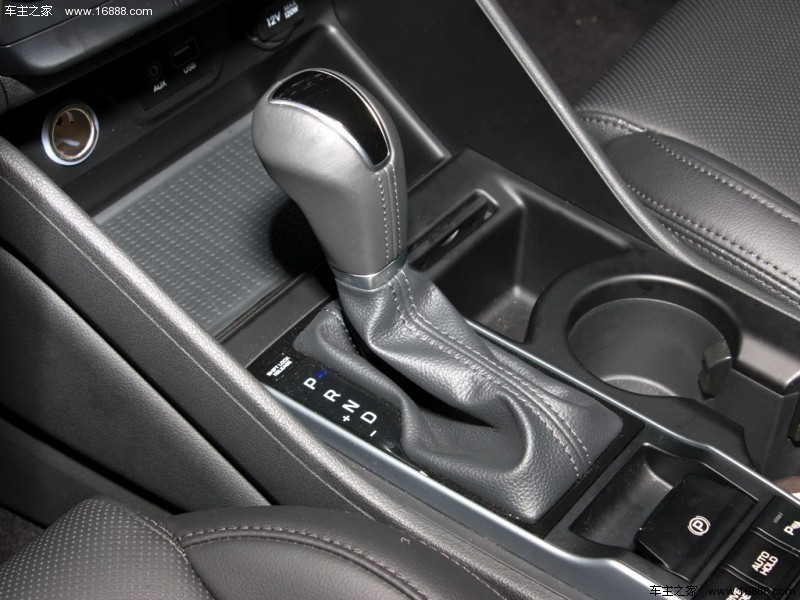 途胜15款1.6T DLX DCT 4WD