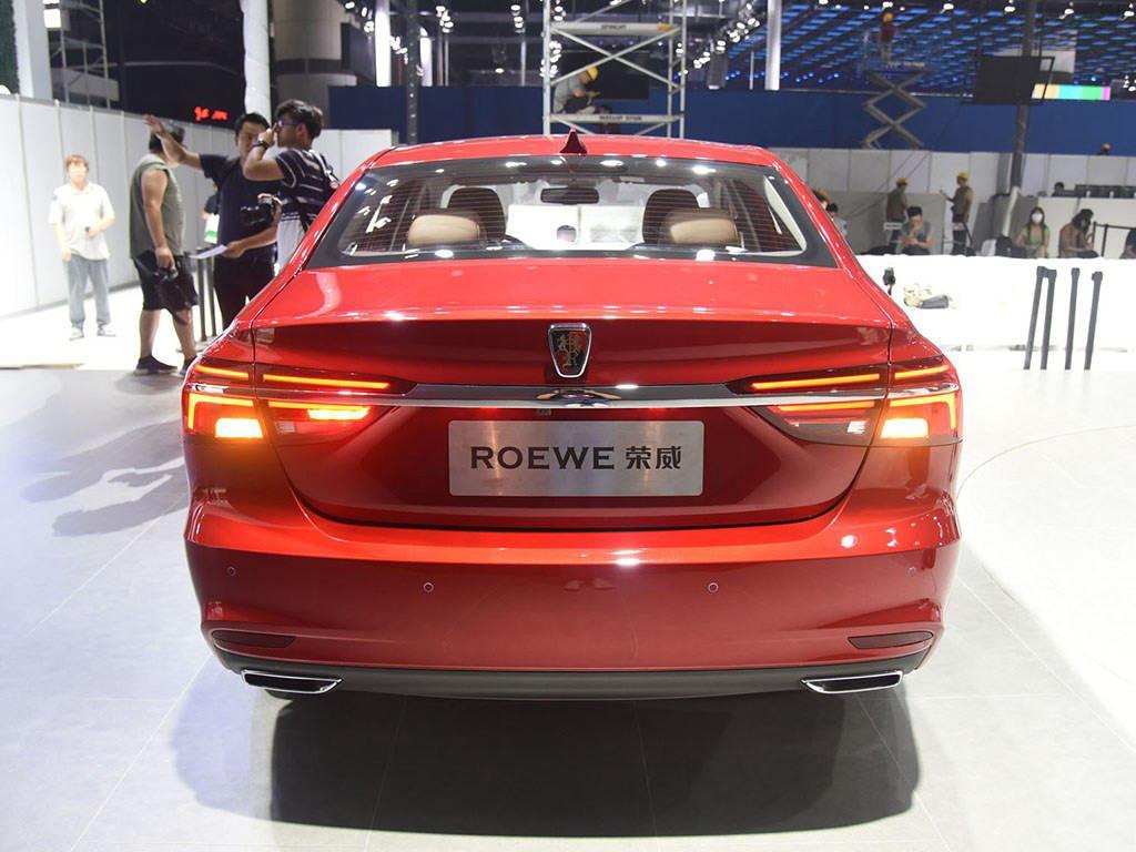 荣威i62017款基本型宝马1系尾灯更换灯泡图片