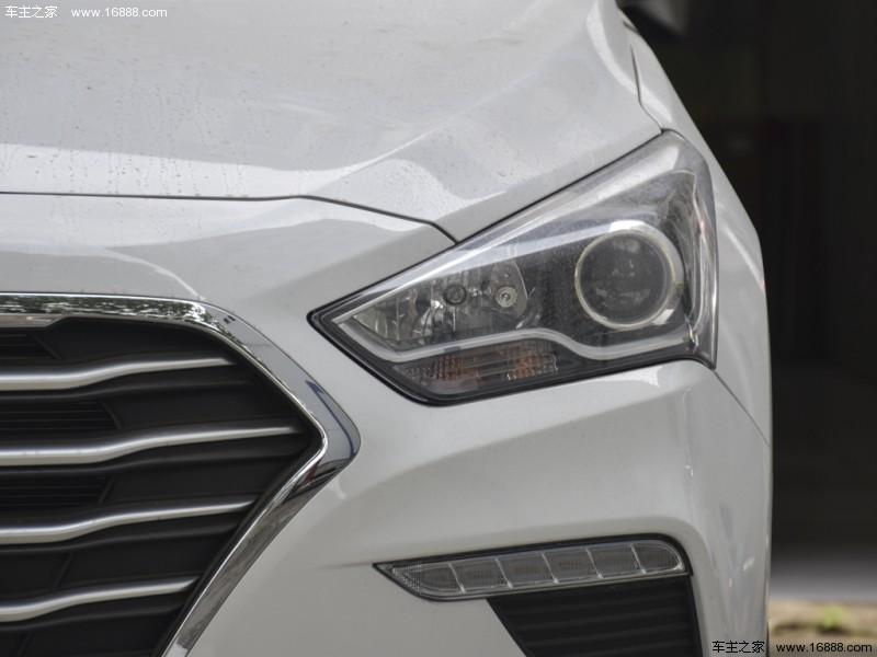 名图2017款 1.6T 自动旗舰型TOP(指导价:16.98万)