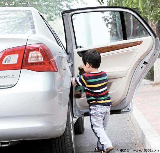 儿童乘车安全知识 家长们,你们都懂吗? - 大大一班 - 达州市政府机关幼儿园大大一班