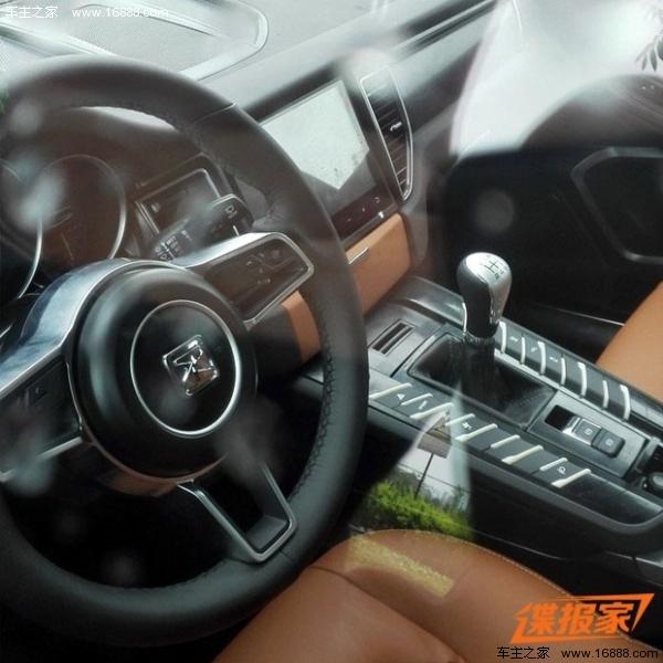 曝众泰T700路试谍照 内饰与Macan相似高清图片