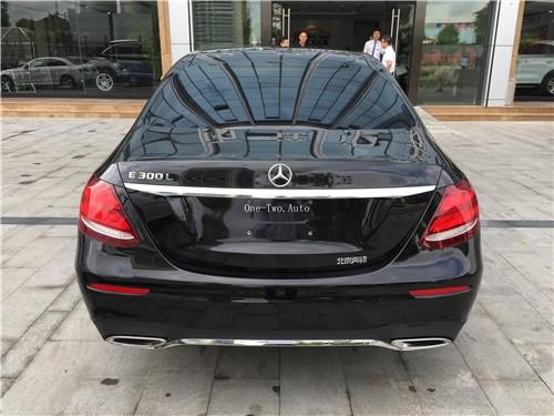 2017奔驰E300L 特价仅售41.99万