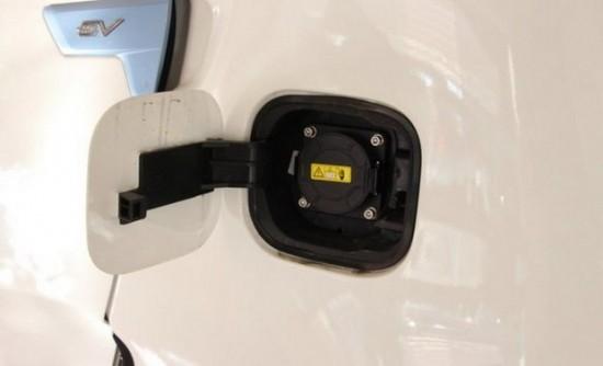 后 一一解读 纯电动汽车众泰E200高清图片