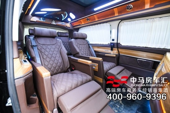 相比90万的罗伦士MS500,其实奔驰V260L改装房车更显奢华大气