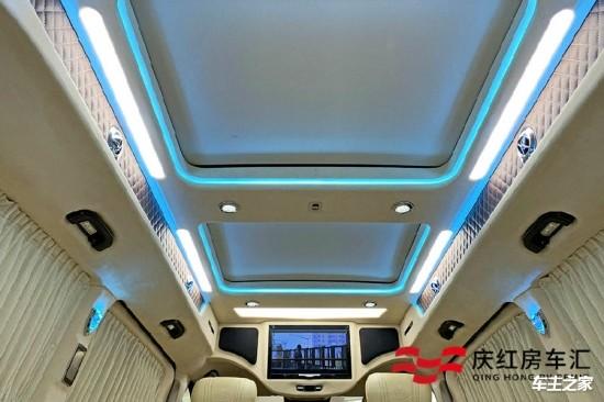 奔驰V-Class商务车