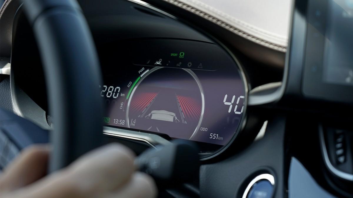 丰田C-HR EV试驾:竟给到了性能钢炮的炸裂错觉?_试驾评测 -第14张图片-汽车笔记网