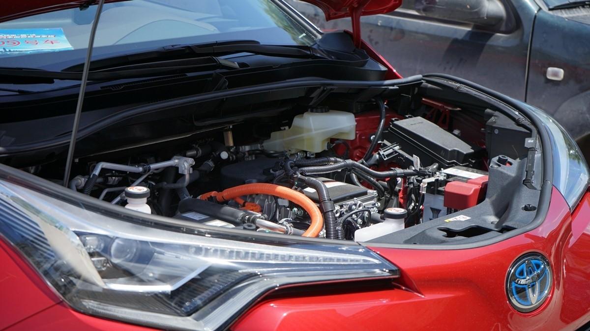 丰田C-HR EV试驾:竟给到了性能钢炮的炸裂错觉?_试驾评测 -第15张图片-汽车笔记网