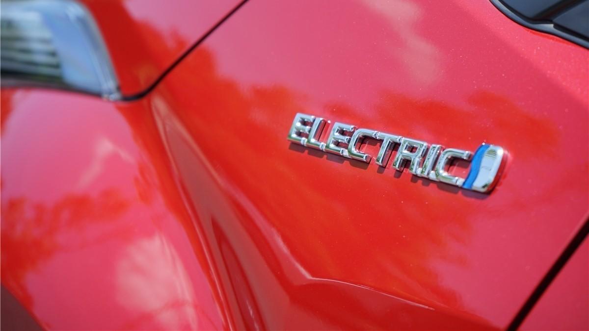 丰田C-HR EV试驾:竟给到了性能钢炮的炸裂错觉?_试驾评测 -第19张图片-汽车笔记网