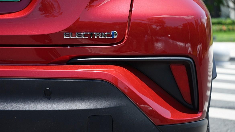 丰田C-HR EV试驾:竟给到了性能钢炮的炸裂错觉?_试驾评测 -第20张图片-汽车笔记网