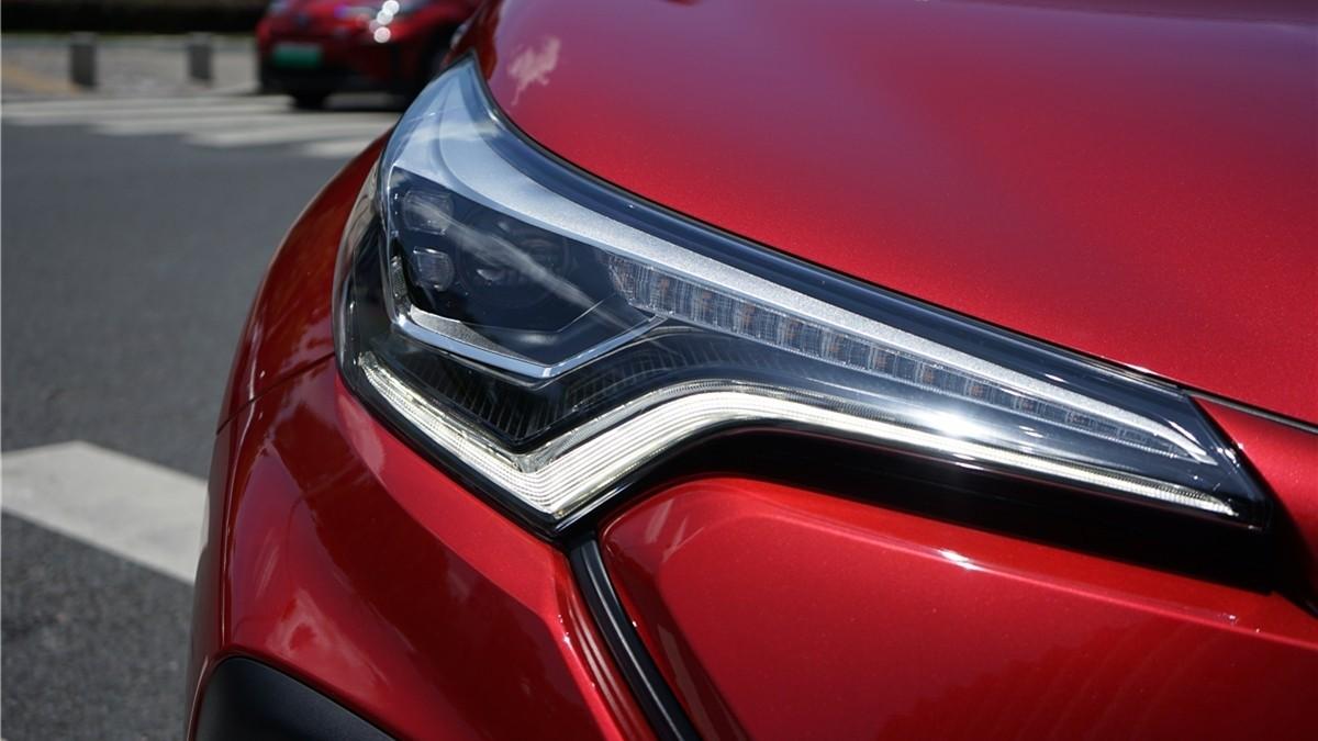 丰田C-HR EV试驾:竟给到了性能钢炮的炸裂错觉?_试驾评测 -第21张图片-汽车笔记网