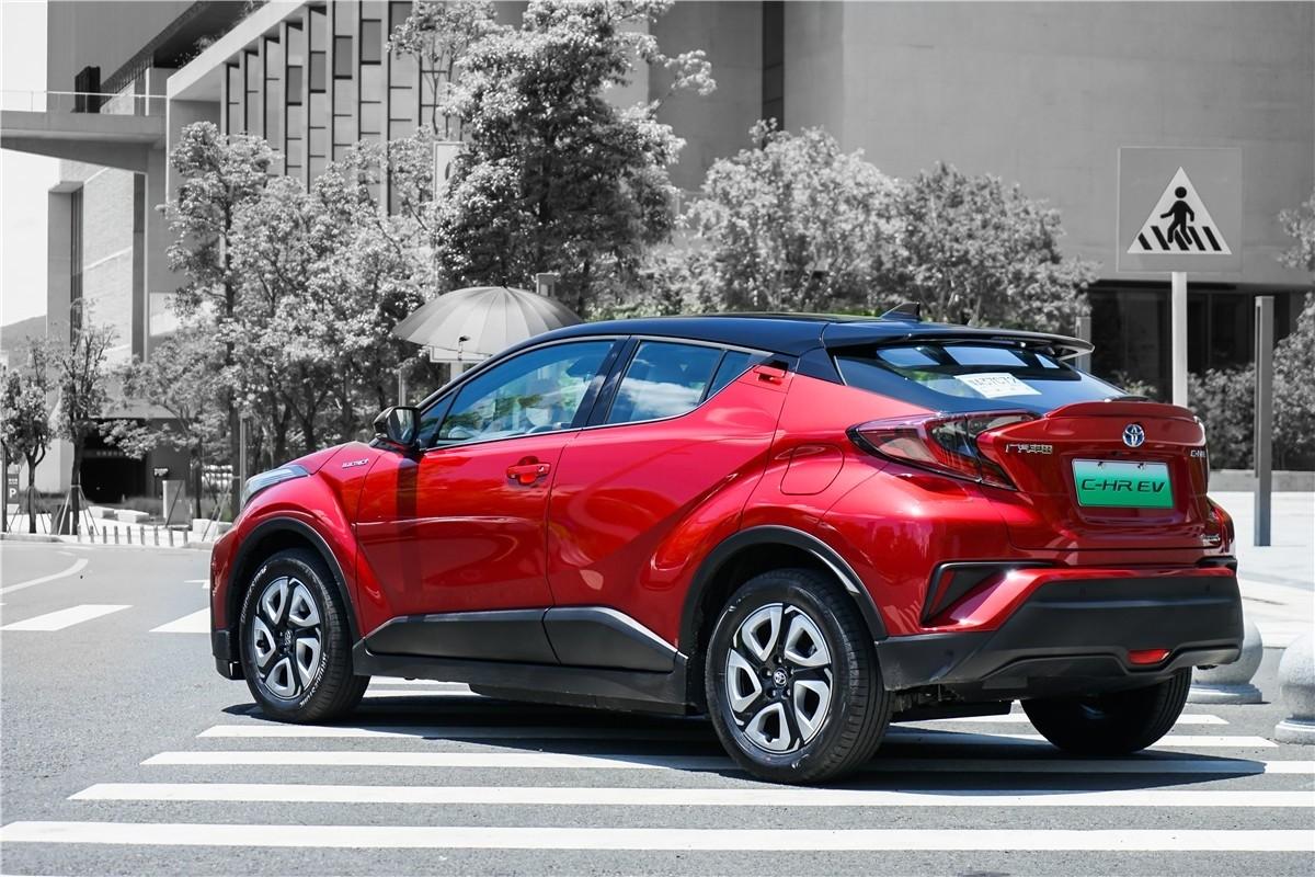 丰田C-HR EV试驾:竟给到了性能钢炮的炸裂错觉?_试驾评测 -第3张图片-汽车笔记网