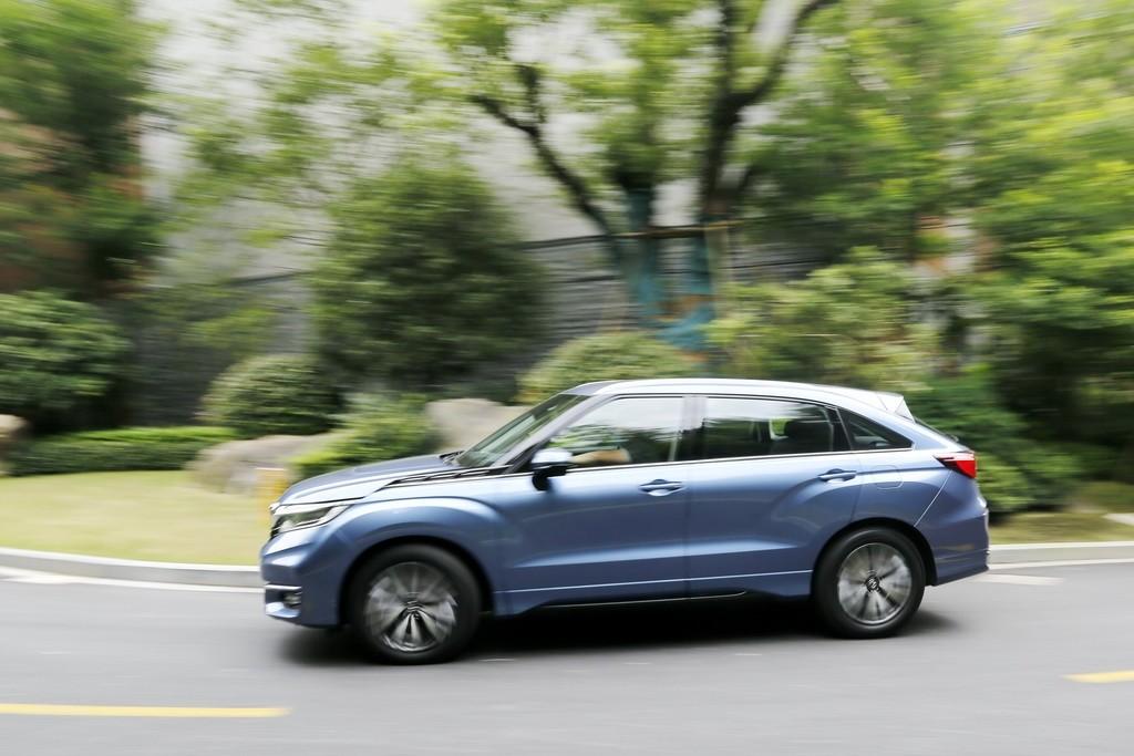 大五座SUV标杆变得更强了吗?新款冠道试驾_试驾评测 -第4张图片-汽车笔记网