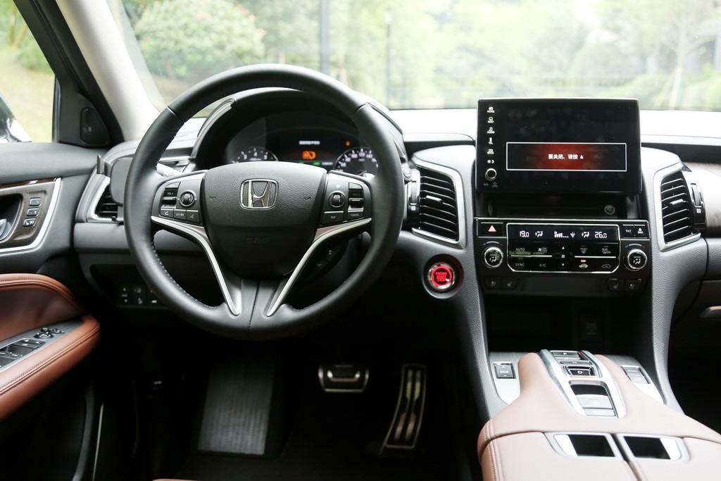 大五座SUV标杆变得更强了吗?新款冠道试驾_试驾评测 -第18张图片-汽车笔记网
