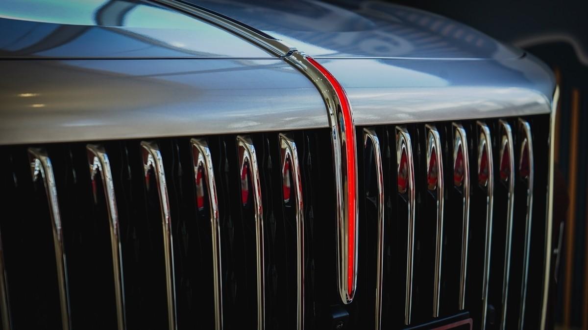 红旗H9到店实拍:气场不输奔驰S级的自主豪华轿车!_车型图解 -第7张图片-汽车笔记网
