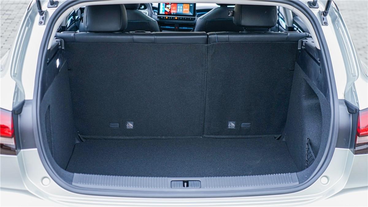 荣威全新Ei5实车体验:一切从质感的蜕变开始_车型图解 -第22张图片-汽车笔记网
