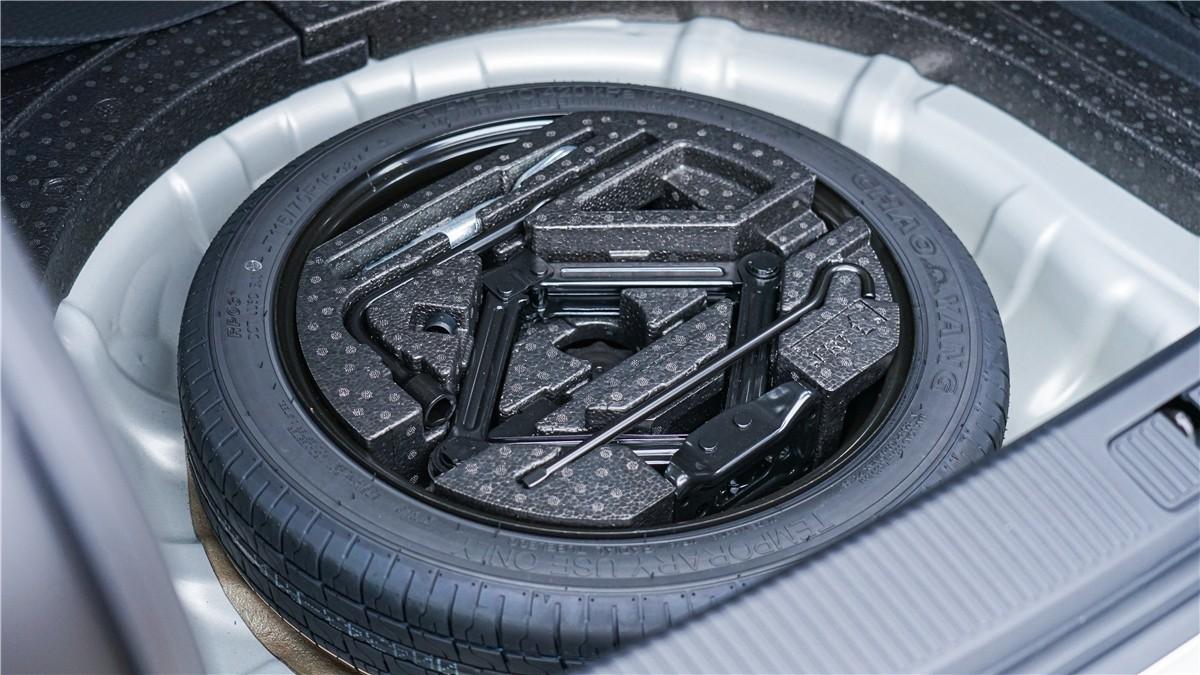 荣威全新Ei5实车体验:一切从质感的蜕变开始_车型图解 -第24张图片-汽车笔记网